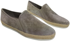 Vince taupe gray Flats