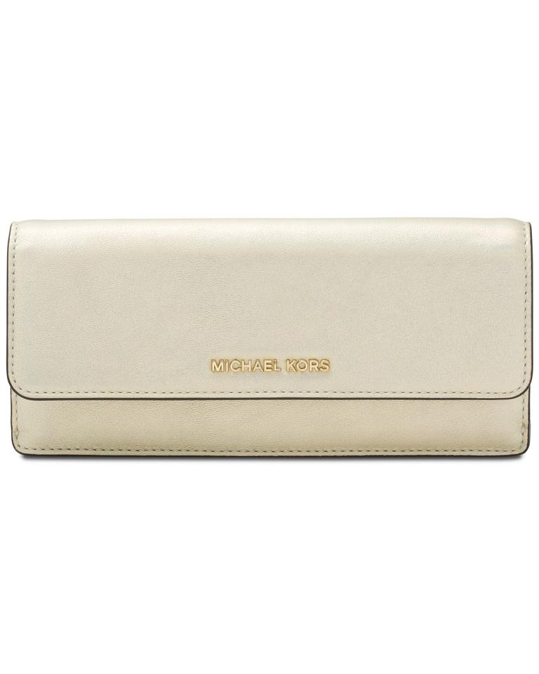 81b24a55b0e84 Michael Kors Michael Kors Jet Set Travel Flat Gold Leather Wallet Purse  Image 0 ...