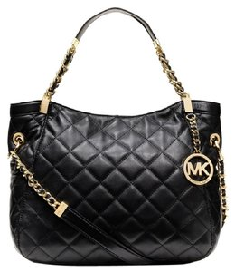 Michael Kors Bags On Sale Up To 70 Off At Tradesy