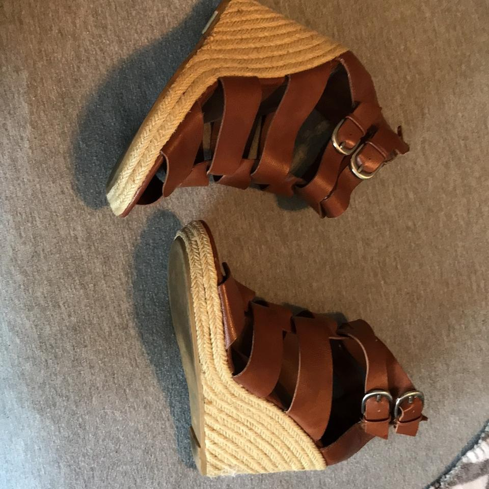 gold comforter little i weave m b us aerosoles pumps height a wedges with size comfort regular