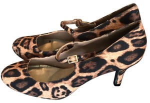 New Directions leopard print Pumps