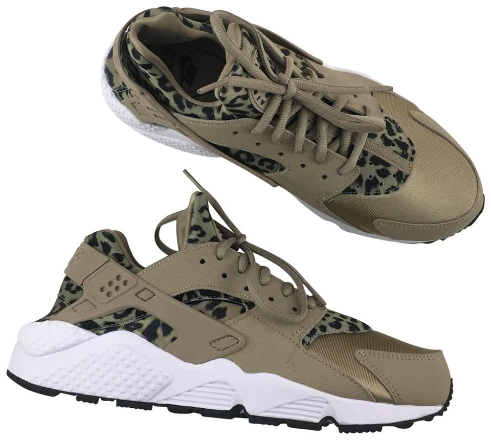 1b54736cee9e6 Nike Women s Air Huarache Run Leopard Print Running Are A Unique ...