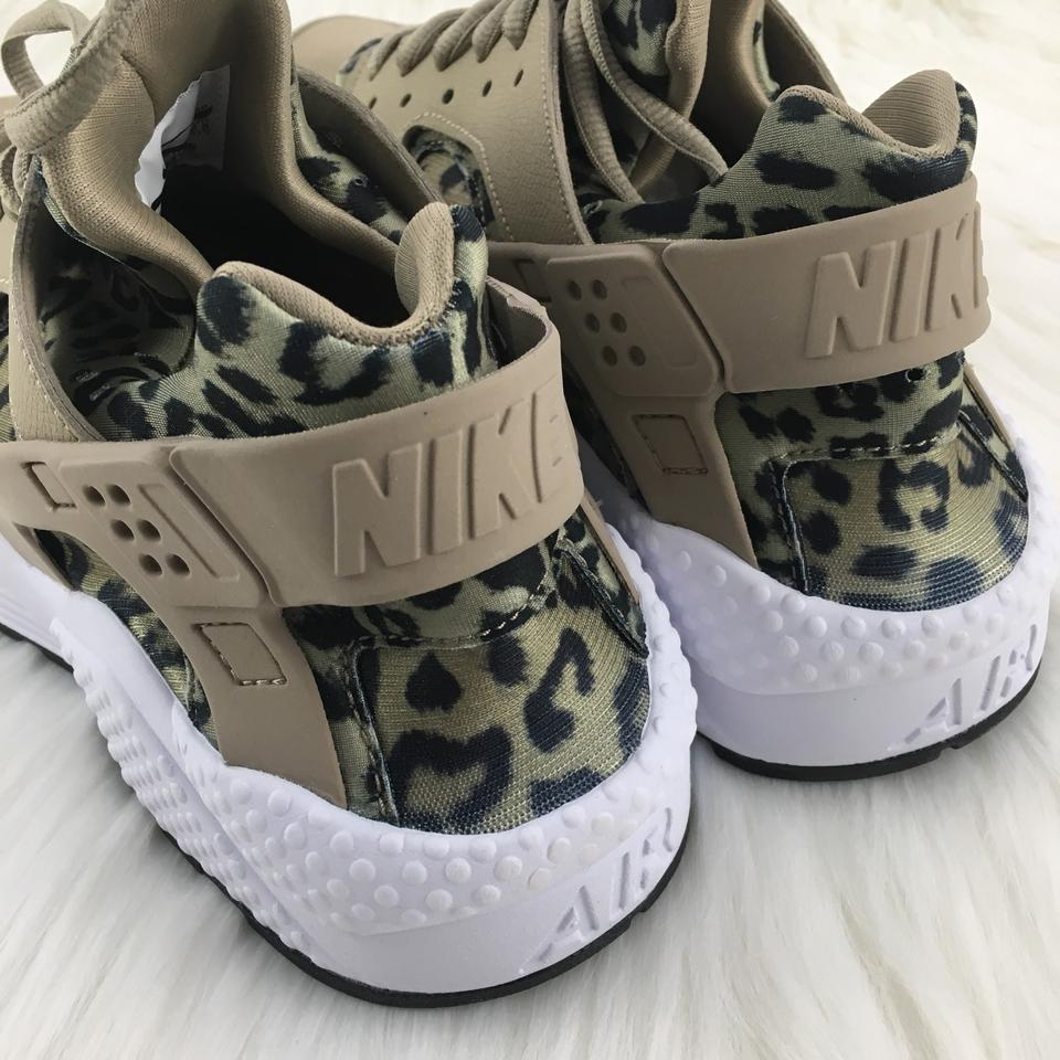 fa76573e252 Nike Women's Air Huarache Run Leopard Print Running Are A Unique with  Plenty Of Performance and Head Sneakers Size US 9.5 Narrow (Aa, N) 27% off  ...