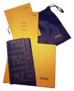 Fendi Authentic Fendi Six key holder