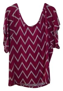 Old Navy Chevron Top Fuchsia