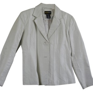 Metro Style Off White Leather Blazer