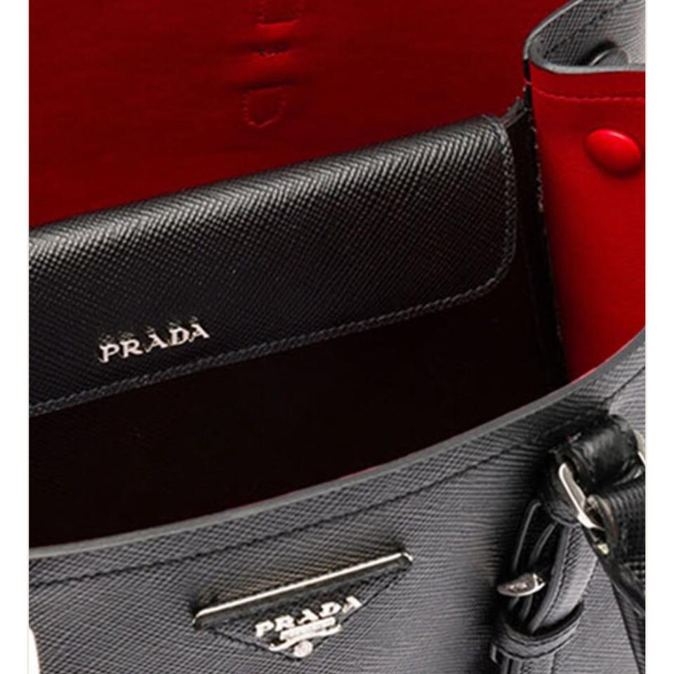 20c10f47a3f2 Prada Double Saffiano Cuir Large Covered-strap - Black Leather Tote ...