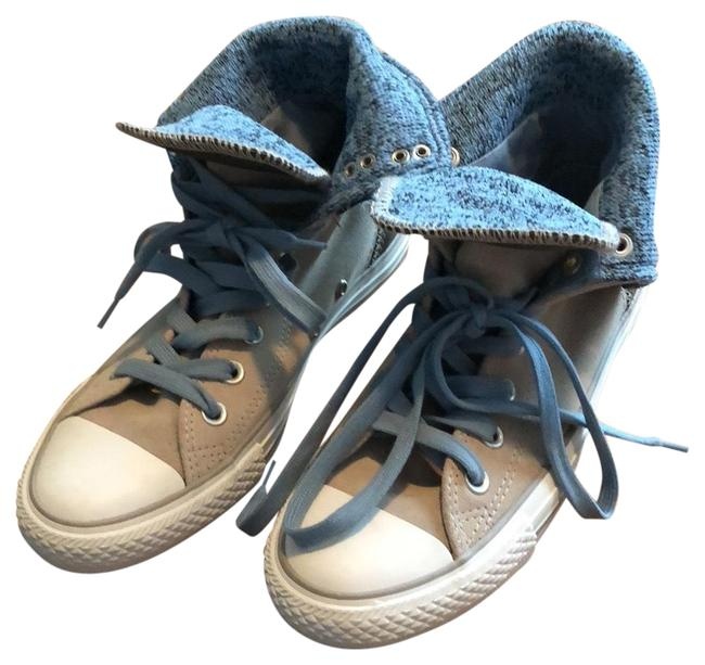 Item - Blue and Cream Retired Sold On Revolve Sneakers Size US 7 Regular (M, B)
