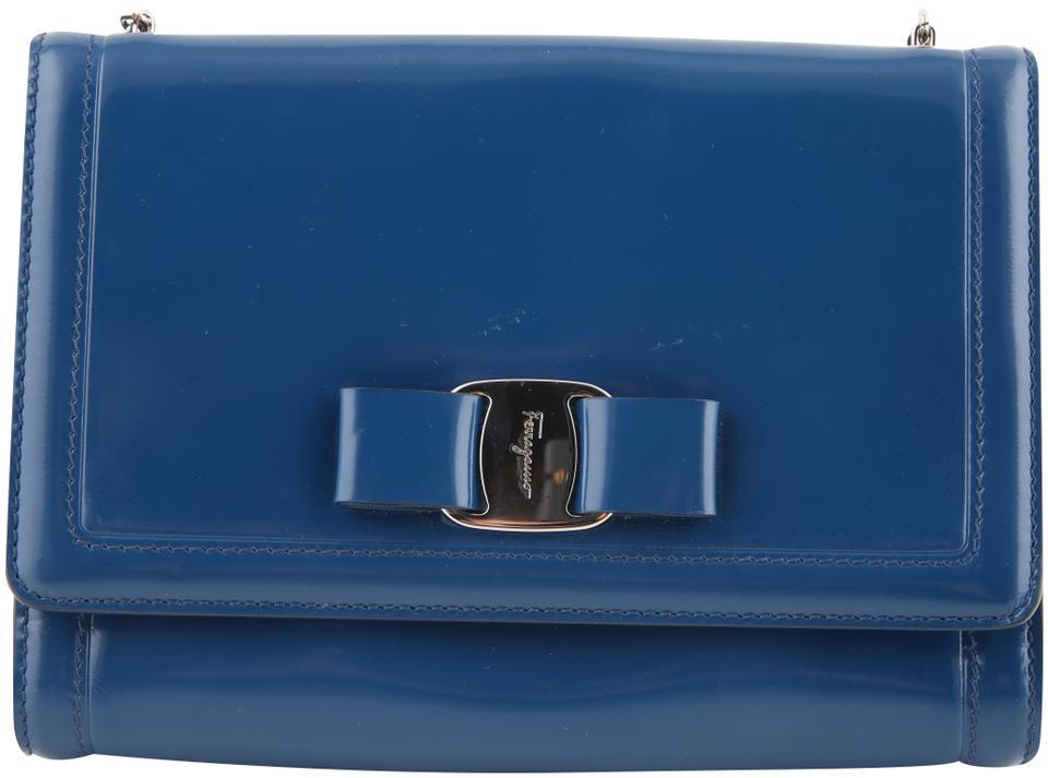 Salvatore Ferragamo Miss Vara Bow   Navy Blue Patent Leather ... b9b7c1c3fd6e4