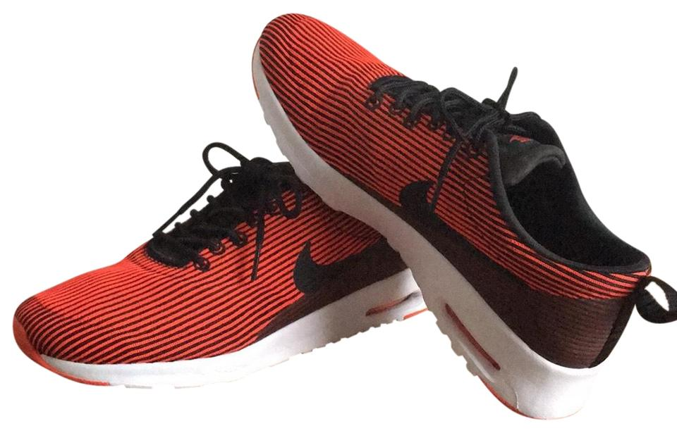 low priced 164b8 493af Nike Red and Black Air Max Thea Sneakers