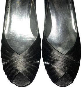 Stuart Weitzman Black Formal