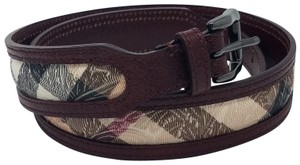 Burberry Burgundy, beige multicolor Burberry House Check belt