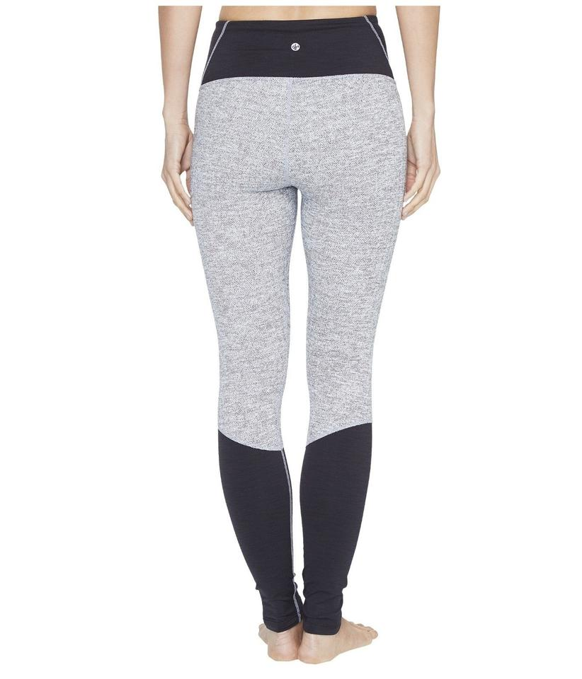 aa91652a4d Manduka Gray XS High Line Yoga Pants In Herringbone Black Activewear ...
