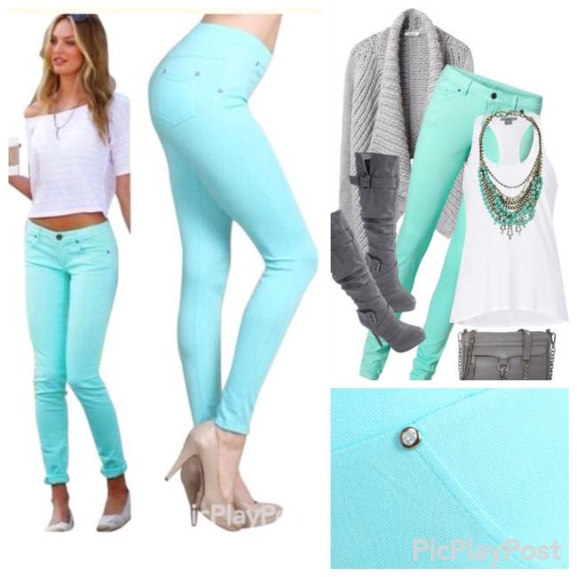 Preload https://img-static.tradesy.com/item/2295404/mint-and-hot-two-pair-of-pocket-leggings-size-os-one-size-0-1-650-650.jpg
