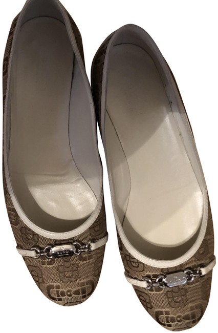 Item - Brown and White Flats Size US 9 Narrow (Aa, N)