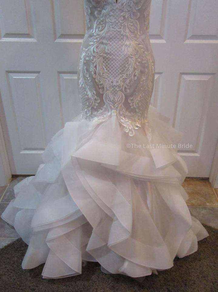 The last minute bride ivory champagne lace blakely marie for Last minute wedding dress