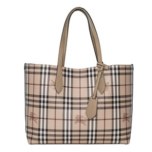 Burberry Tote in Mid Camel