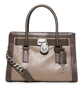 MICHAEL Michael Kors Shoulder Convertible East West Medium Satchel in Dark Taupe / Elephant Grey
