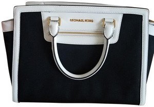 Michael Kors Satchel in Black/white