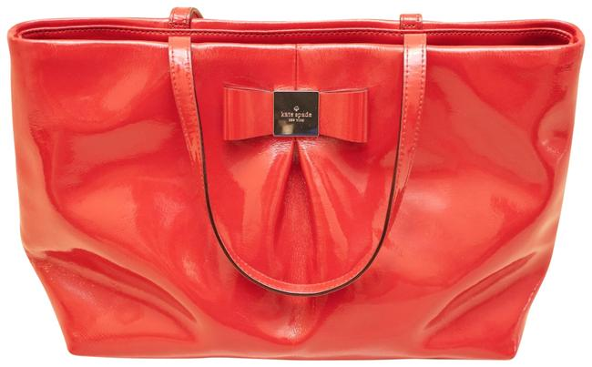 Item - Bag Medium-size Red Patent Leather Tote
