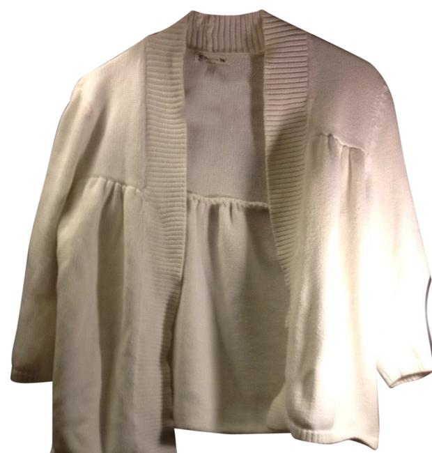 Preload https://item5.tradesy.com/images/old-navy-comfy-cardigan-maternity-size-8-m-29-2296069-0-0.jpg?width=400&height=650