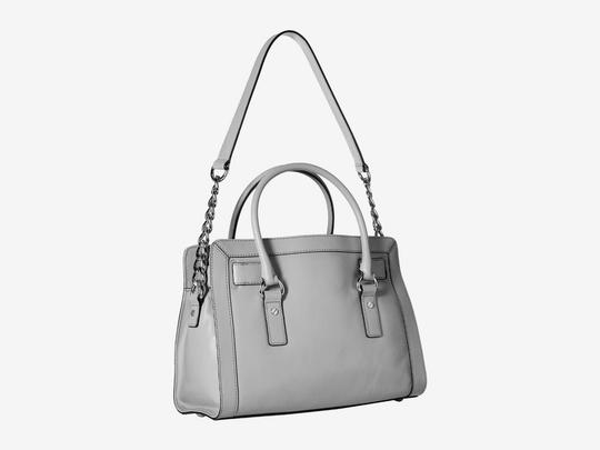 Michael Kors Studded Studs Light Quilt Satchel in Pearl Grey Image 3