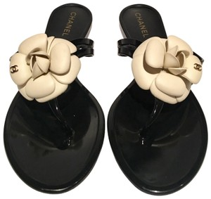 Chanel Jelly Rubber Camellia Jelly Black Beige Sandals
