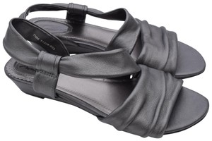 Trotters pewter Sandals