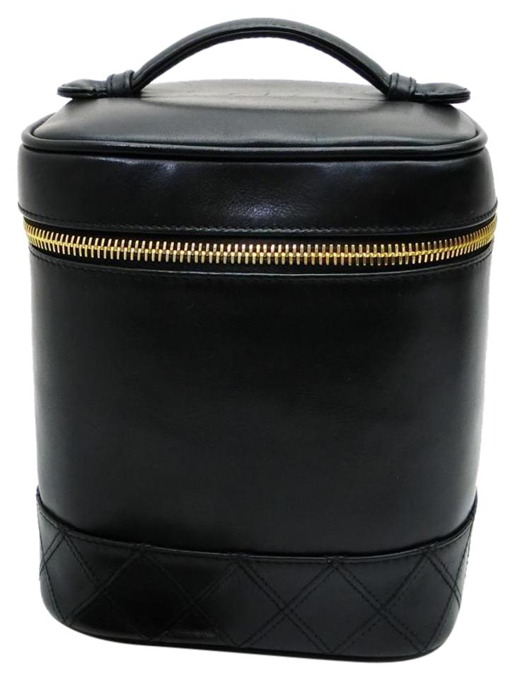 7c8e9769d9ee Chanel Make Up Case Train Case Vanity Cosmetic Case Box Tote in Black Image  0 ...
