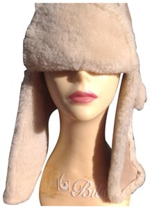 UGG Australia authentic ugg shearling trapper hat