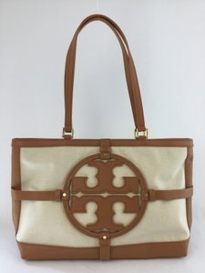 Tory Burch Tote in Natural Bark