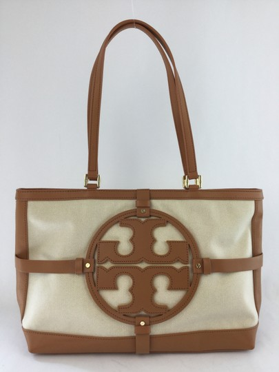 Preload https://item1.tradesy.com/images/tory-burch-holly-ew-natural-bark-canvasleather-tote-2296565-0-1.jpg?width=440&height=440