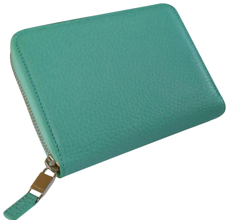4e7e32c189e Tiffany & Co. Light Blue Co Signature Leather Smart Zip and Phone Case  Iphone Wallet