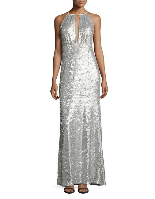 Item - Silver W Beaded Halter Gown W/ Plunging Keyhole Neckline Long Formal Dress Size 8 (M)