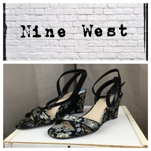 Nine West Black/Metallic Wedges