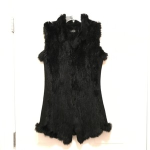 Love Token Rabbit Fur Fur Winter Designer Fur Comfortable Vest