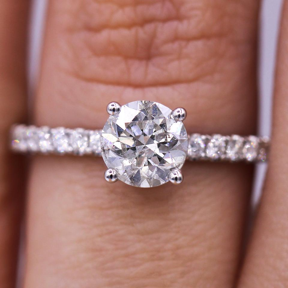 983cd01e4 Classic and Timeless 1.08 Carat Round Cut Diamond Engagement Ring ...