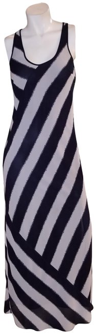 Item - Black and White Striped Sleeveless Long Casual Maxi Dress Size 6 (S)