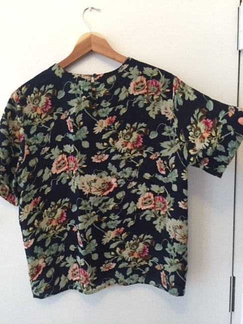 ORVIS Vintage Silk Oversized Top Navy with pink and green floral pattern