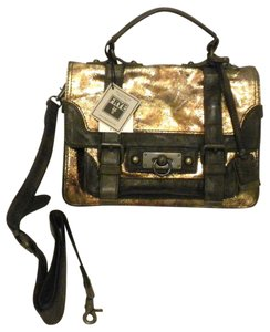 Frye Cameron Db566 Shiny Cameron Satchel in Gold/Brown