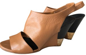 10807c2947 Chloé Wedges on Sale - Up to 70% off at Tradesy