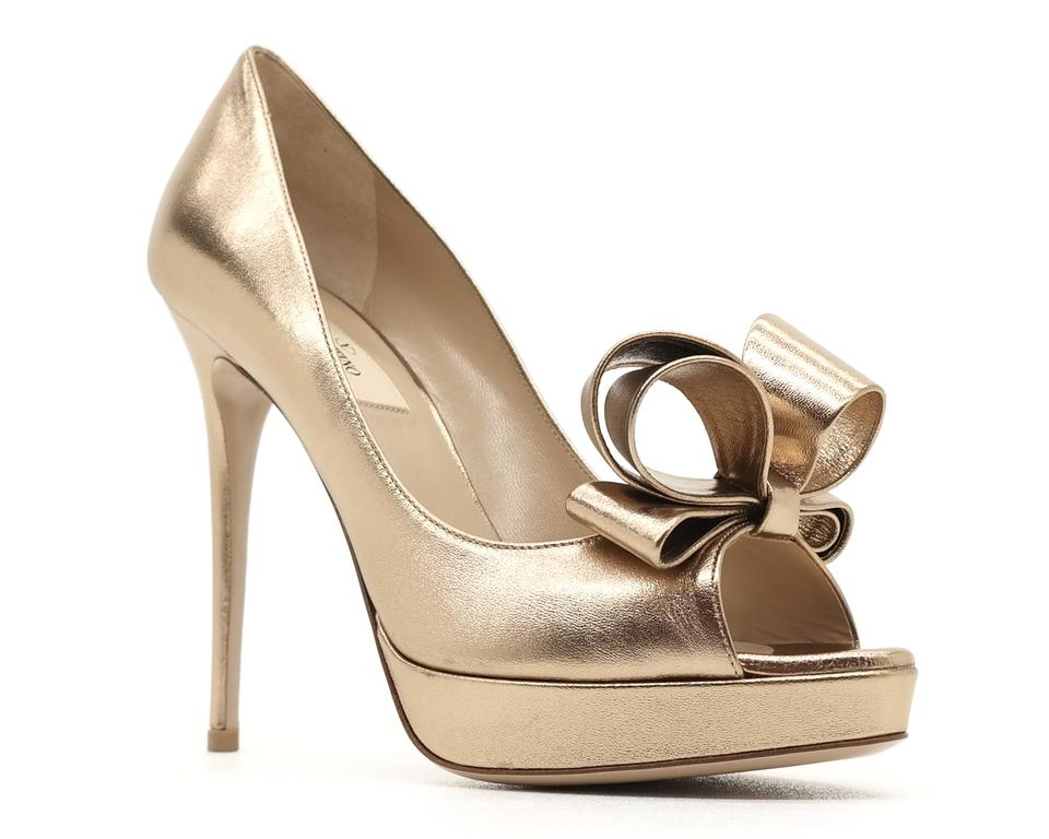 76d638a31f8 Valentino Gold Couture Bow Open Toe Pumps Size EU 40 (Approx. US 10 ...