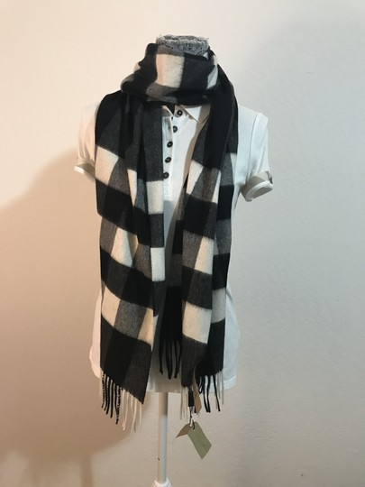 Burberry AUTHENTIC NEW Burberry Half Mega Check Cashmere Scarf black and white Image 4