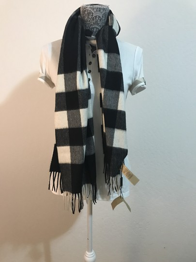 Burberry AUTHENTIC NEW Burberry Half Mega Check Cashmere Scarf black and white Image 5