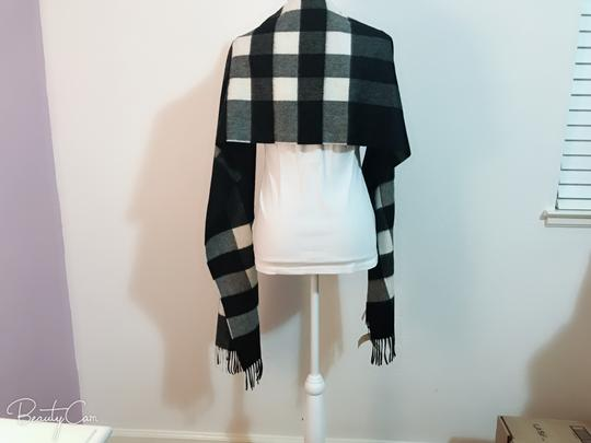 Burberry AUTHENTIC NEW Burberry Half Mega Check Cashmere Scarf black and white Image 7