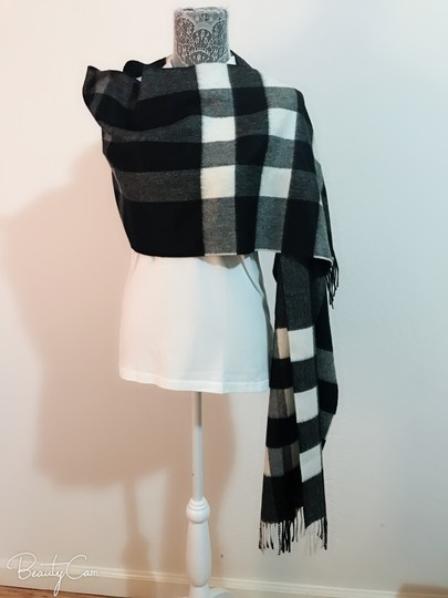 Burberry AUTHENTIC NEW Burberry Half Mega Check Cashmere Scarf black and white Image 8