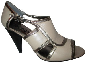 DKNY Leather taupe with gold trim Sandals