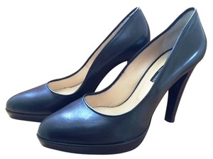 ALBERTO GUARDIANI Black Pumps