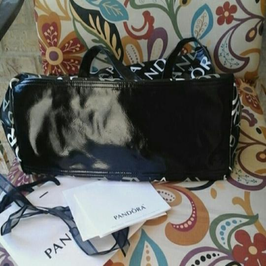 PANDORA Tote in BLACK/WHITE