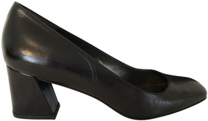 Stuart Weitzman Leather Mary Soft Comfortable Black Pumps